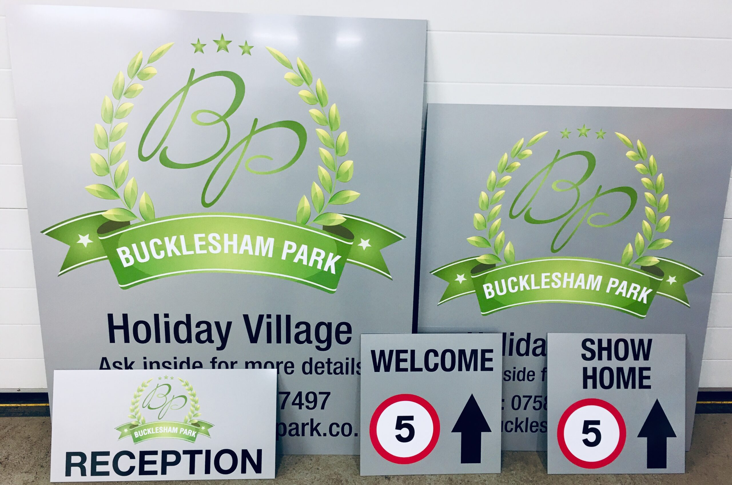 Bucklesham Park Signs